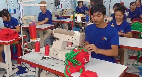 Xưởng may áo thun đồng phục giá rẻ An Phát Đạt