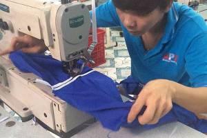 Xưởng may áo gió quà tặng khách hàng