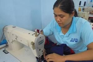 Sản xuất gia công may áo thun tphcm